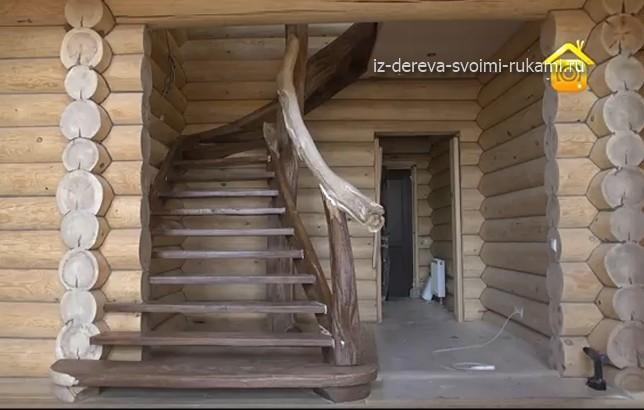 3 - СветВМир.ру - Интересный познавательный журнал. Развитие познания - Монтаж деревянной чердачной лестницы в рустикальном стиле (видео)