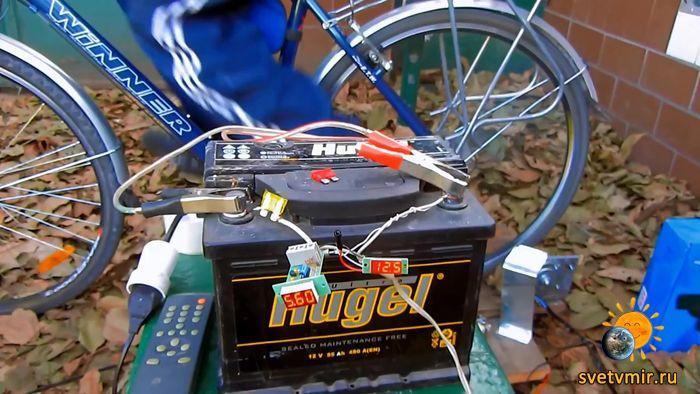 Генератор своими руками на 220 вольт. DIY Bike Generator.mp4_20150210_182151.370