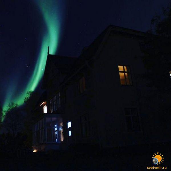 aurora-october-10