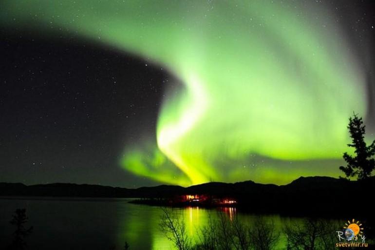 aurora-october-12