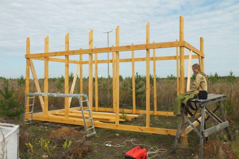 Дом-сушилка для трав, схема и пошаговое строительство