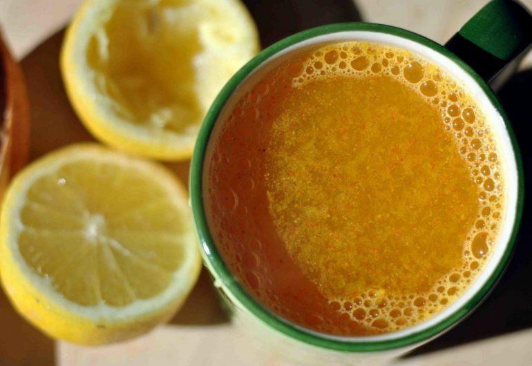 Лимонный напиток с куркумой: проведи детоксикацию организма и сними воспаление!
