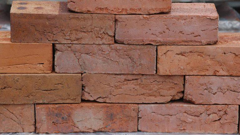 clay brick handmade 8 - СветВМир.ру - Интересный познавательный журнал. Развитие познания - Кирпич из глины своими руками - как сделать